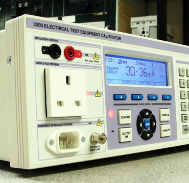 3200B Electrical Test Equipment Calibrator